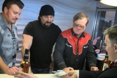 Trailer Park Boys (Performing magic, turning five dollar bills into twenties)