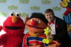 Sesame Street (Elmo & Ernie)