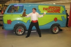 Scooby-Doo (Mystery Machine)